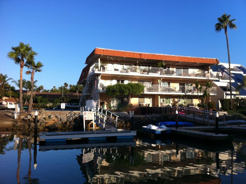 Building/unit located right at waters edge - 2 Bed, 2 Bath Waterfront Getaway, Carlsbad - Carlsbad - rentals