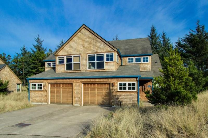 The Loon Dune Vacation Rental - Image 1 - Pacific City - rentals