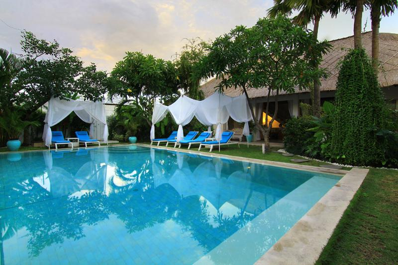 La Cabana Luxury  Resort Hire, Oberio, Seminyak - Image 1 - Seminyak - rentals