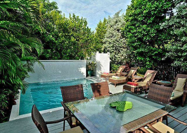 DREAMING ON DUVAL- Luxury 5 Bed & Private Pool- As seen on HGTV House Hunters - Image 1 - Key West - rentals