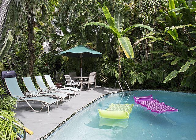 Havana Lane: A classic conch cottage with rustic charm - Image 1 - Key West - rentals