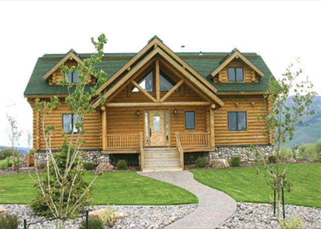 Wolf River Ranch - Wolf River Ranch is waterfront on the world famous Henry's Lake. - Macks Inn - rentals