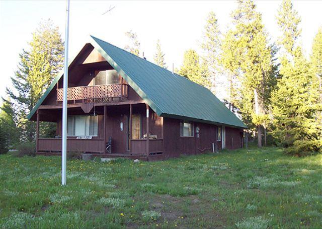 Moose Hollow Inn - Moose Hollow Inn has ALL sports channels on Satellite TV. - Island Park - rentals