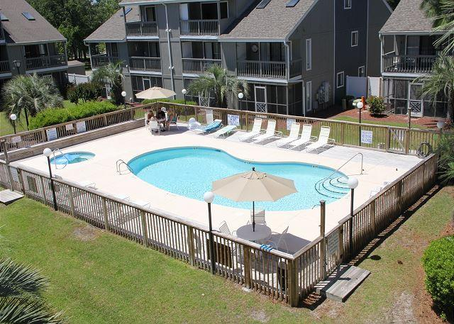Golf Colony Resort Newly Remodled great ground floor beach getaway! -31I - Image 1 - Surfside Beach - rentals