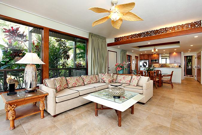 Ocean Front 3 Bedroom Luxury Condo Unit 18 - Image 1 - Lahaina - rentals