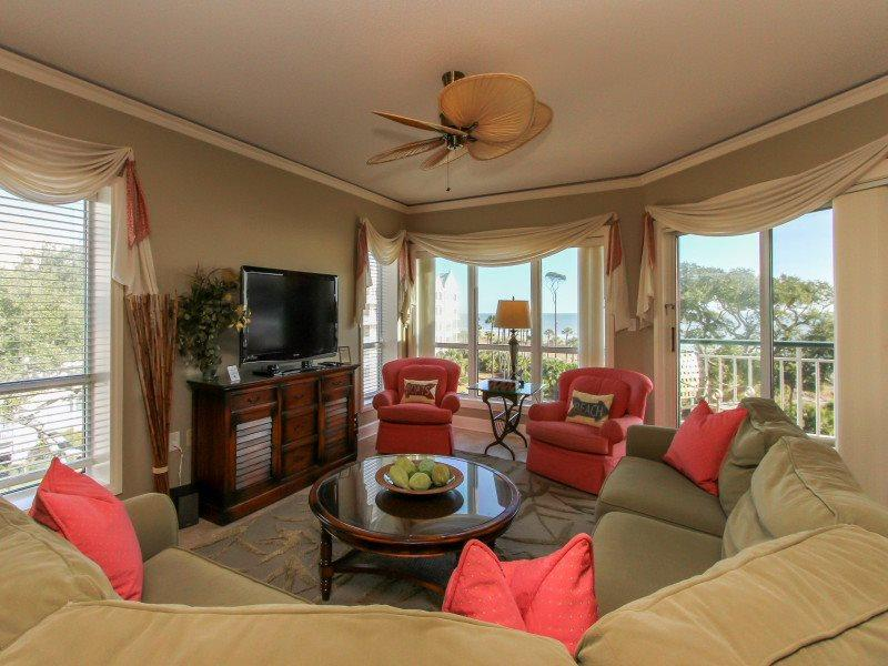 Living Room with Flat Screen at 3409 Windsor Court South - 3409 Windsor Court South - Palmetto Dunes - rentals