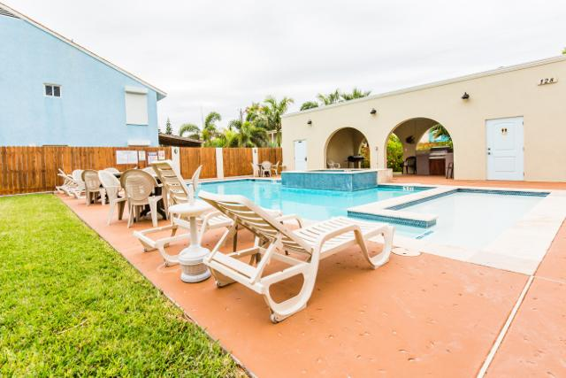 Right across from the beach! LARGE POOL/SPA! - Image 1 - South Padre Island - rentals