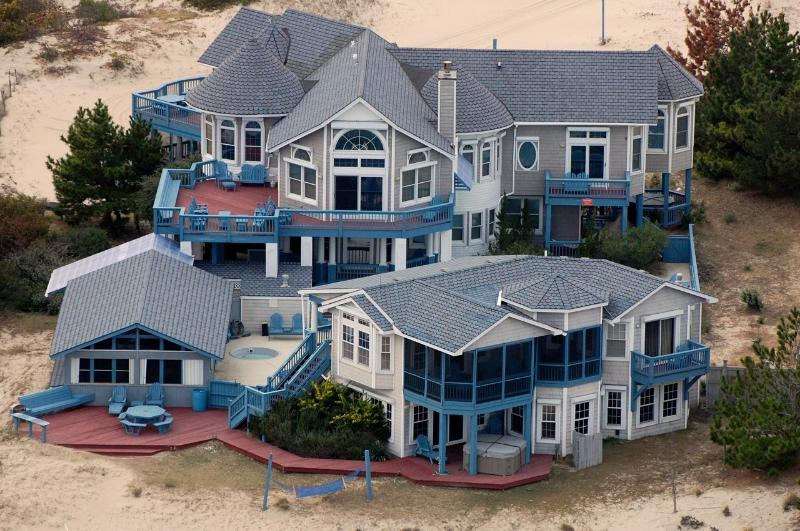 3 Building Estate Compound on 3 elevated acres in Corolla, Outer Banks, NC - OBX Oceanfront Estate /3 buildings on 3 acres!!! - Corolla - rentals