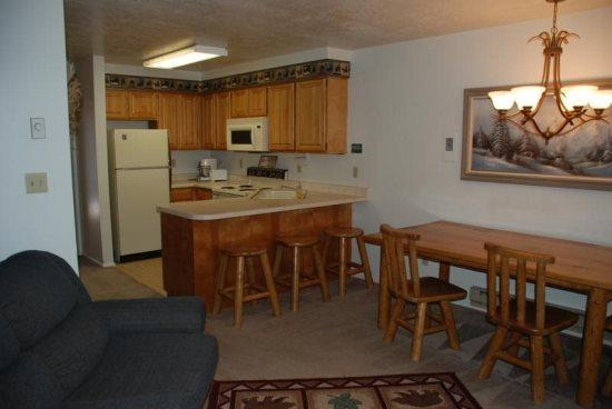 One Bedroom condo near Powder Mountain and Snowbasin with free WiFi - Image 1 - Eden - rentals