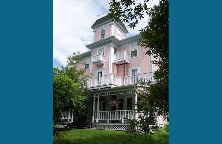 The Old Mansion House - Historic 8 Bedroom Home - Image 1 - Magog - rentals