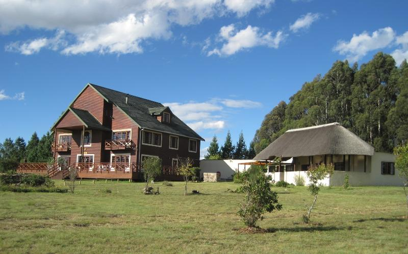 Main Lodge and Lapa - Greystone Lodge Private Nature Reserve - Belfast - rentals