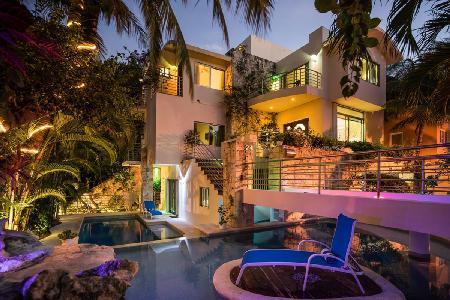 Casa Prieto - Modern villa offers pool, Jacuzzi & ocean views - Image 1 - Playa del Carmen - rentals
