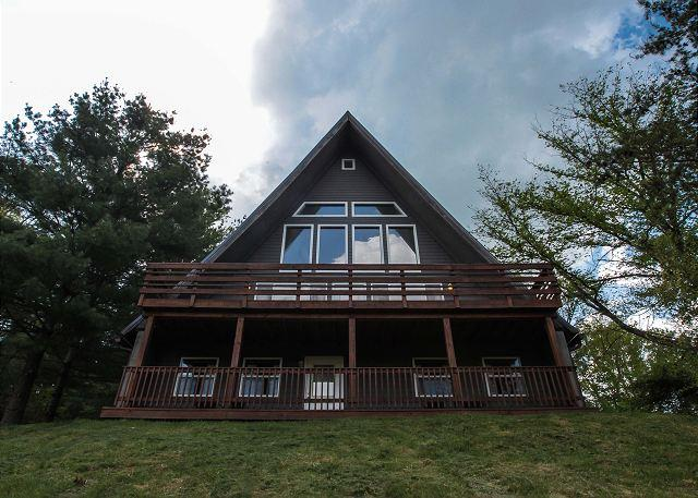 Hocking Hills Lodge Rental for Large Families - Image 1 - Logan - rentals