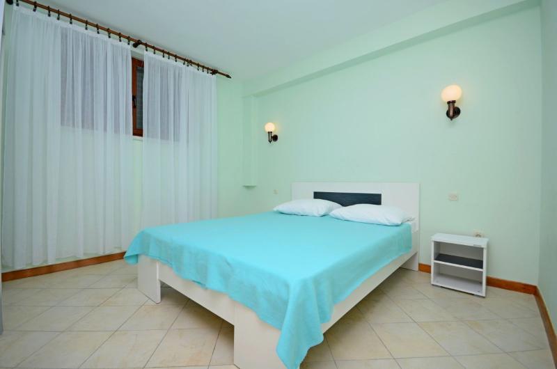 Apartments Marin - 26971-A1 - Image 1 - Novalja - rentals