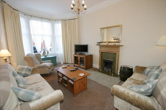 Lounge - 4* 2bd North Berwick flat: nr beach and golf - Scotland - rentals