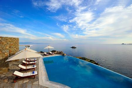 Eros overlooking the Bay of Agios Lazaro with infinity pool, helipad & dock access - Image 1 - Tourlos - rentals