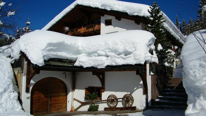 Chalet Runca offering Independent Apartment sleeping four - Family Holiday Apartment in Chalet Grounds - Arosa - rentals