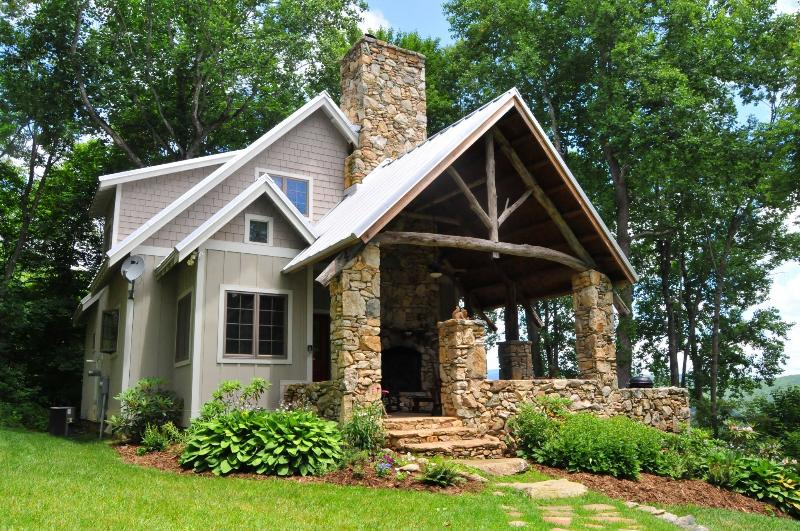 The Granny Mandy - Granny Mandy at On the Windfall - 215 acre retreat - Lansing - rentals
