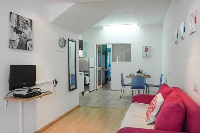 AP1 - 5 min to Centre and Beach! - Image 1 - Marsascala - rentals