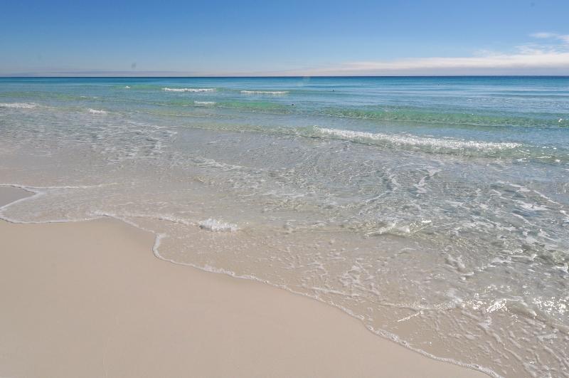 """356 Billfish Unit 7"" Beautiful Town home! Beach and Bay Access! - Image 1 - Fort Walton Beach - rentals"