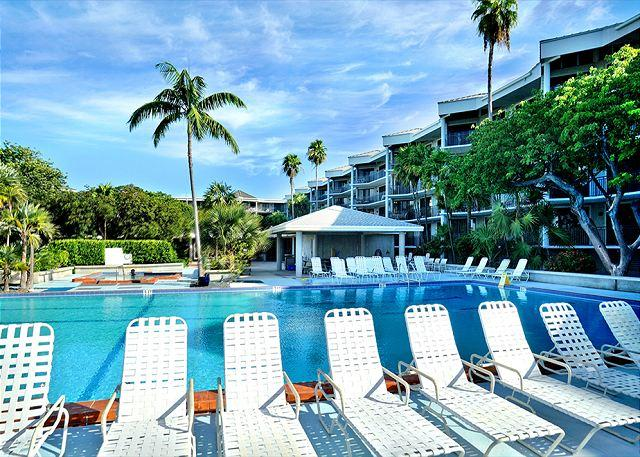 Vista Fresco : Oceanside condominiums with resort-style amenities - Image 1 - Key West - rentals