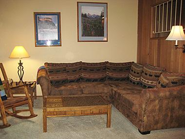 Living Room - Winterset - WS025 - Mammoth Lakes - rentals