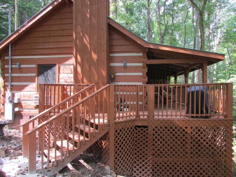 Bear View Exterior - Bear View - Townsend - rentals
