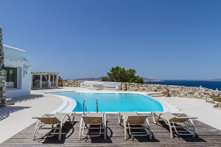 Magdalena offers dazzling views of the sea and Delos island with serene pool - Image 1 - Mykonos - rentals