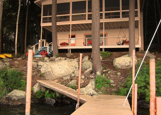 Mid-Century Modern Vacation Rental Cottage on Lake Winnipesaukee (STE16W) - Image 1 - Meredith - rentals