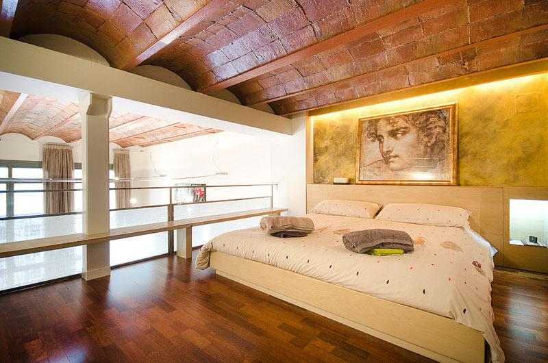 Master doble suite attic floor - 2 bedr.Duplex apart. in city heart center - Barcelona - rentals