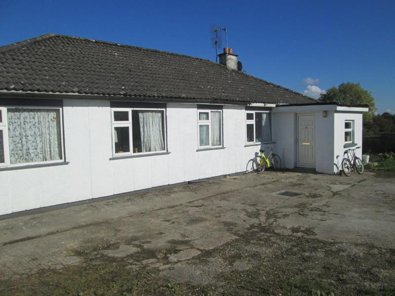 SELF CATERING,FARM COTTAGE CO,LIMERICK LRELAND - Holiday home IN QUITE AREA - Caherconlish - rentals