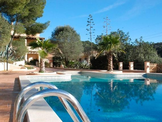 Unique  Villa 5 min from Beaches Barcelona area. - Image 1 - Cunit - rentals