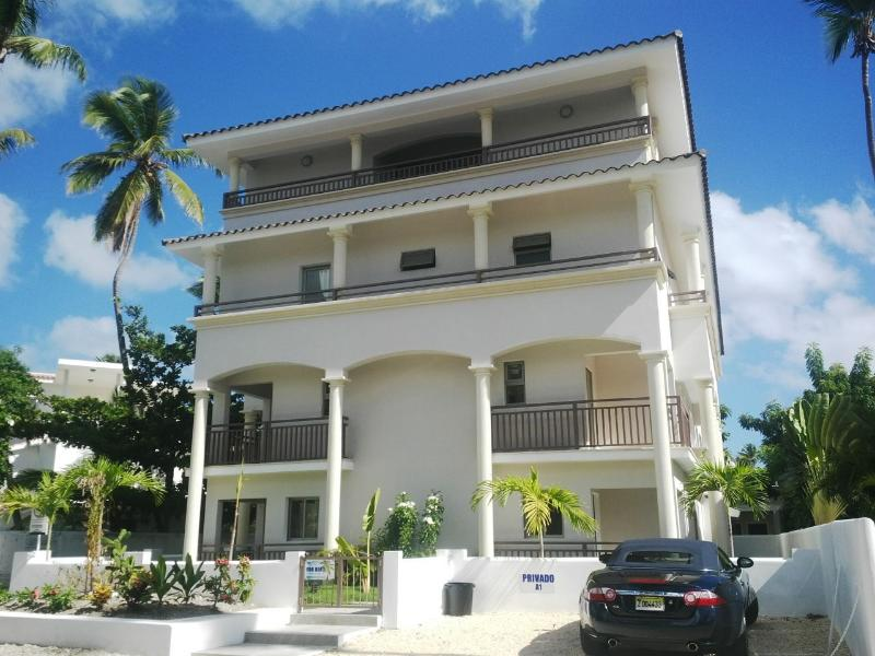 Corales Colonial 2,Beautiful/Central/Private Beach - Image 1 - Punta Cana - rentals