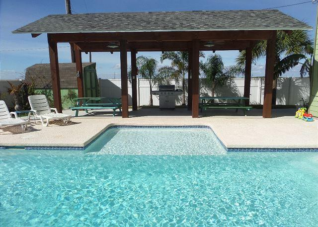 Outdoor BBQ area w/ceiling fans & lights - Cuckoo's Nest,  pet friendly, PRIVATE POOL, GOLF CART included! Sleeps 14! - Port Aransas - rentals