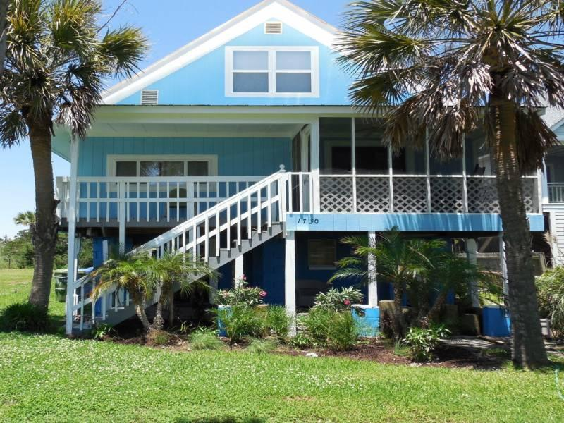 Front of House - Chunky Monkey - Folly Beach, SC - 4 Beds BATHS: 2 Full 1 Half - Folly Beach - rentals