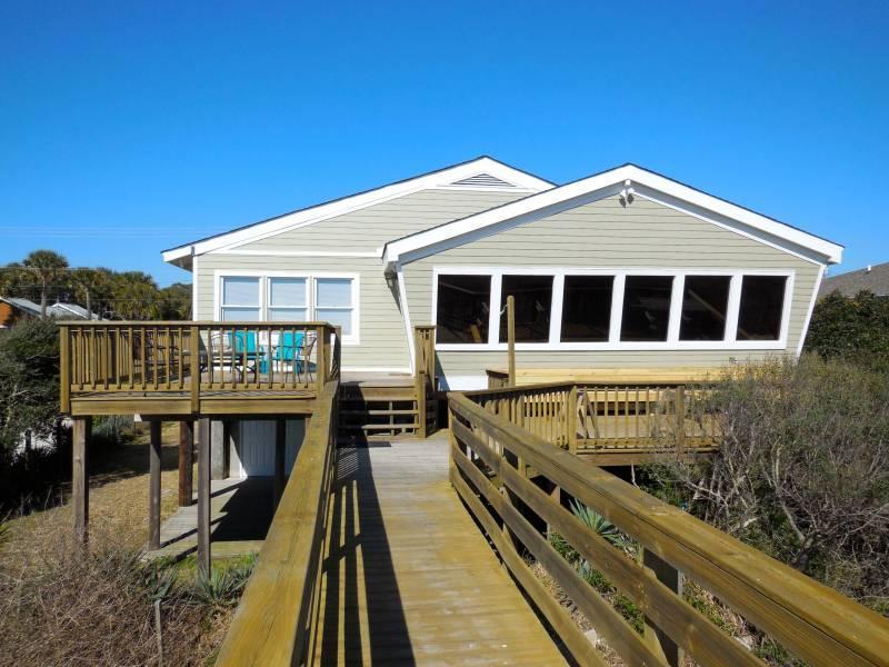 Exterior - Circe - Folly Beach, SC - 3 Beds BATHS: 3 Full - Folly Beach - rentals