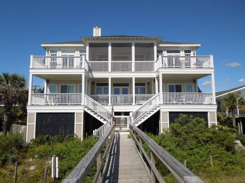 Gracious 5 Bedroom Oceanfront Home - Hakuna Matata - Folly Beach, SC - 5 Beds BATHS: 3 Full 1 Half - Folly Beach - rentals