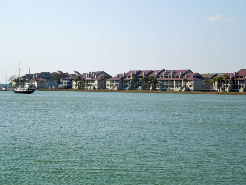 Exterior - Mariners Cay 51 - Folly Beach, SC - 2 Beds BATHS: 2 Full 1 Half - Folly Beach - rentals