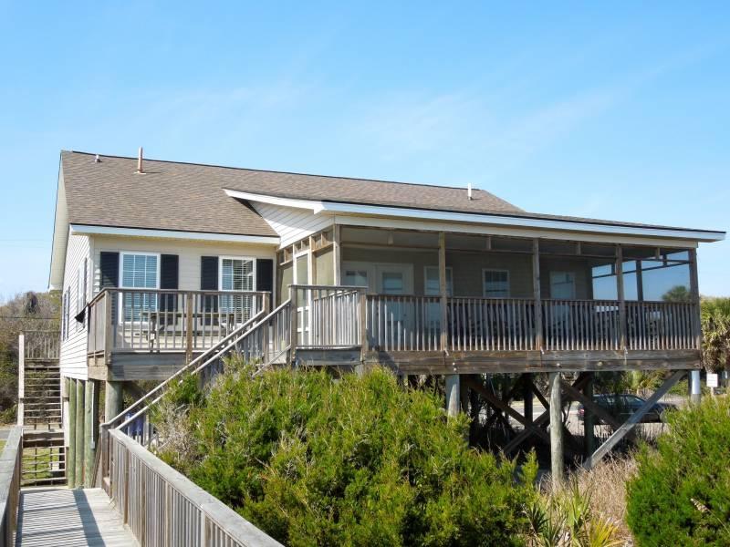 Ocean Side of Home - Pier Delight - Folly Beach, SC - 4 Beds BATHS: 3 Full - Folly Beach - rentals
