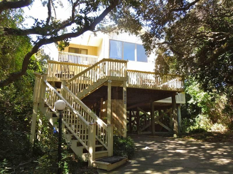 Exterior - Simple Pleasures - Folly Beach, SC - 3 Beds BATHS: 3 Full - Folly Beach - rentals