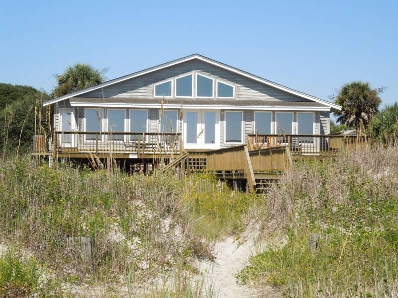 Exterior - Summertime - Folly Beach, SC - 4 Beds BATHS: 4 Full 1 Half - Folly Beach - rentals