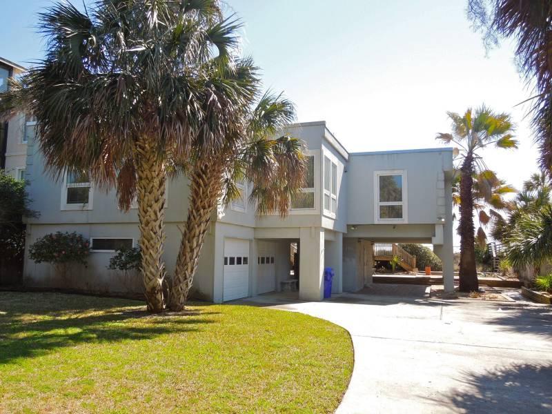 Street Side of Home - The Sanctuary - Folly Beach, SC - 3 Beds BATHS: 2 Full 1 Half - Folly Beach - rentals