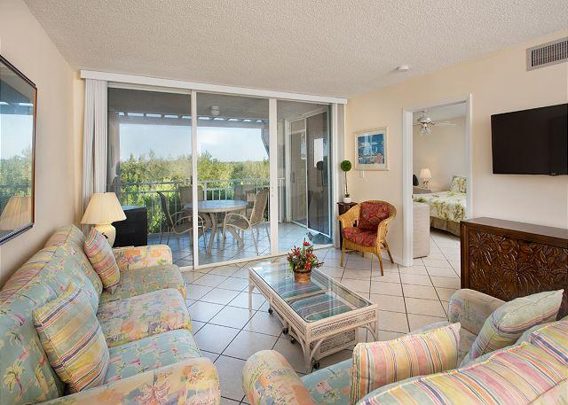 Eaton Manor - 2 Bedroom Condo with a Shared Pool - Image 1 - Key West - rentals