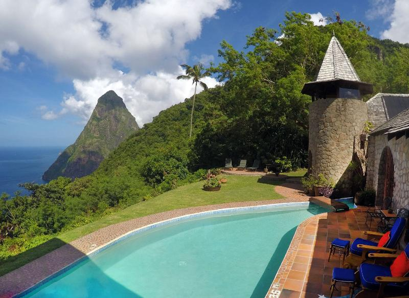 Enjoy unobstructed views over the ocean and mountains... - Pitons Retreat - Located in a World Heritage Site - Soufriere - rentals
