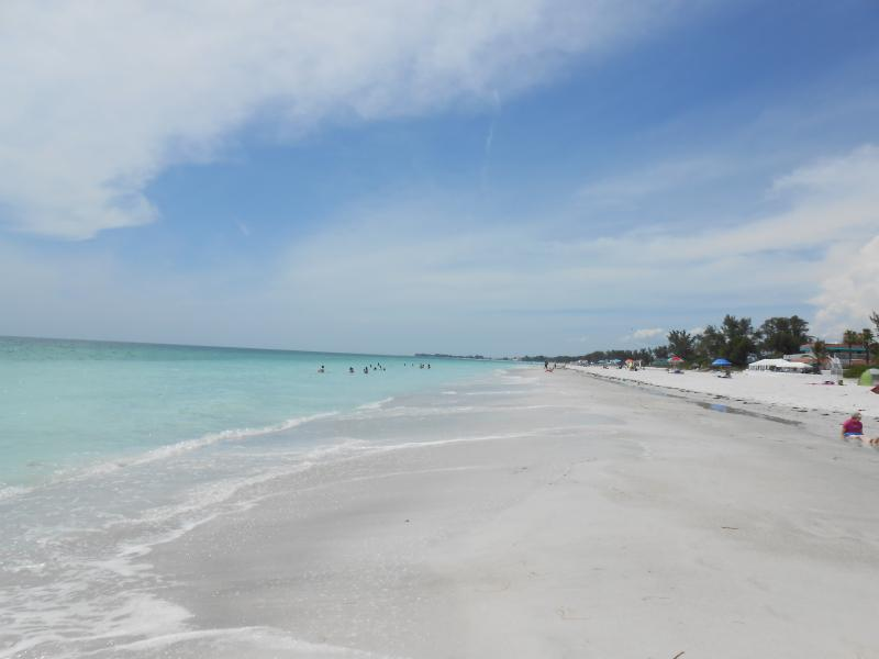 A perfect beach day, at the Coquina Beach Club. - Coquina Beach Club 110 - Bradenton Beach - rentals