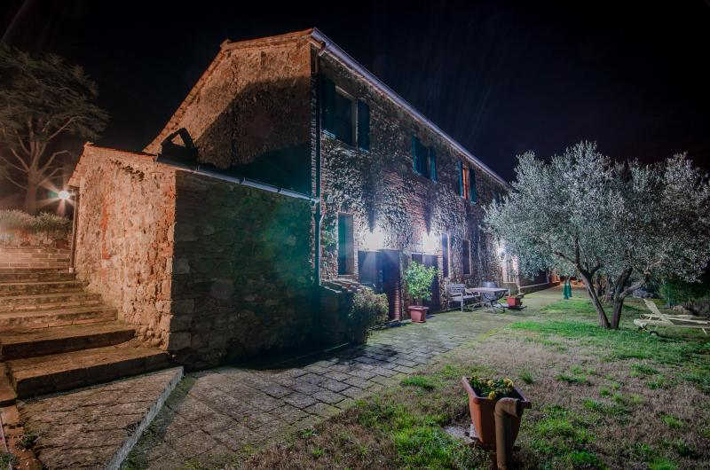 Holiday in the middle of the nature and the silenc - Image 1 - Civitella Paganico - rentals
