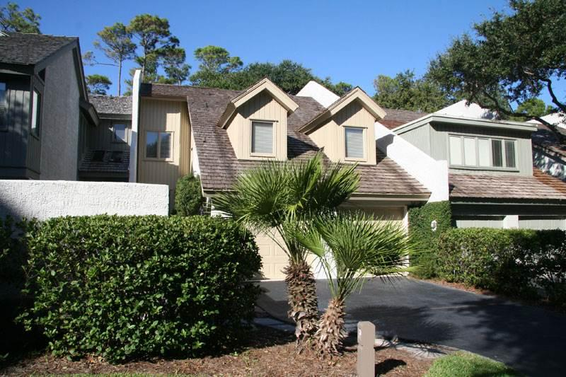 Turtle Lane Club 36 - Image 1 - Sea Pines - rentals