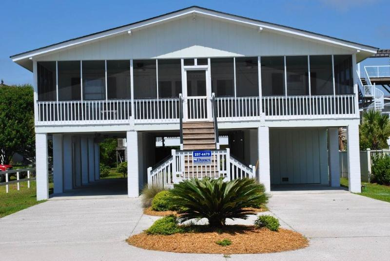 Barefoot On The Beach - Image 1 - Pawleys Island - rentals