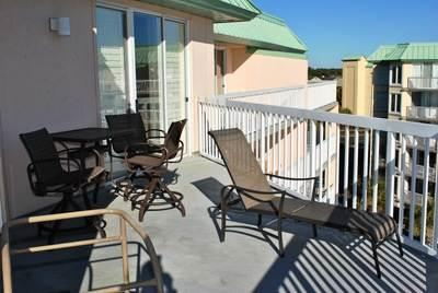 Warwick At Somerset Unit 504 - Image 1 - Pawleys Island - rentals