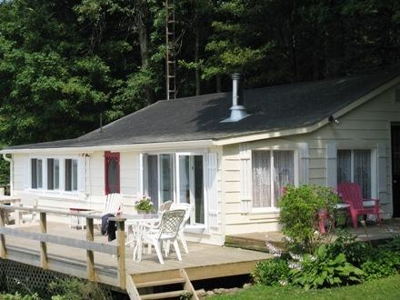 Hay Bay Getaway-Kingston, Picton, 1000 Islands - Image 1 - Napanee - rentals